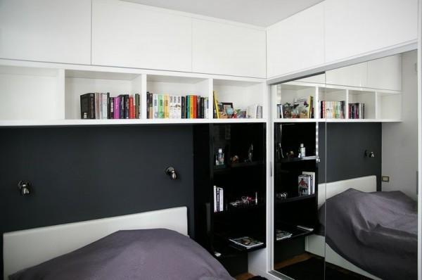 szeroka biała półka na książki